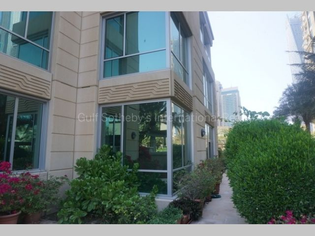 Apartment for rent in Emaar 6 Towers Dubai Marina