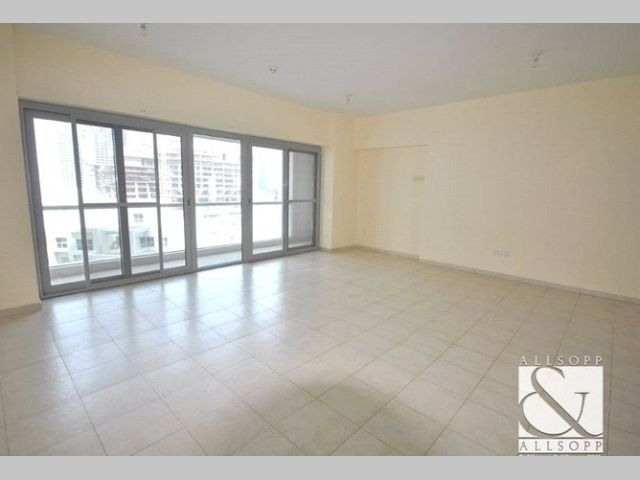 Apartment for rent in Executive Towers Business Bay