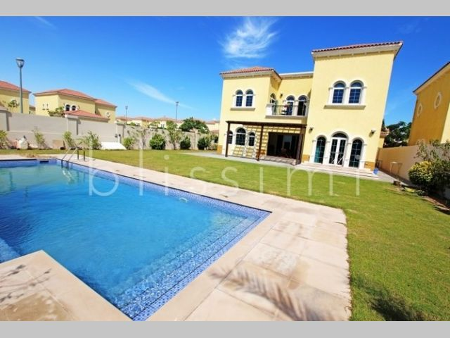 Villa for rent in Legacy Jumeirah Park