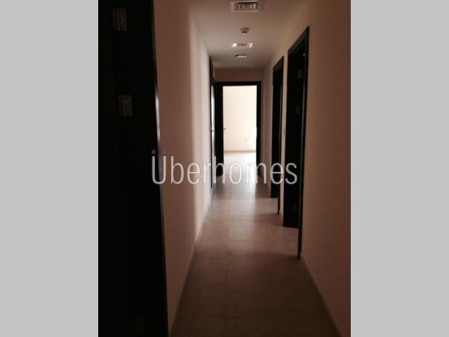 3 Bedroom with terrace inner circle in al thamam